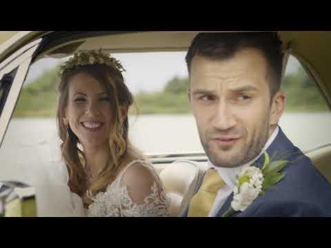 Kutsche mit reichlich Pferdestärken – Brautpaare entscheiden sich für den Ford Mustang als Hochzeitsauto (Video)