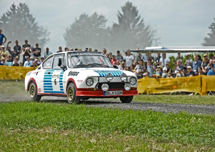 Eifel Rallye Festival: SKODA AUTO Deutschland mit dem 130 RS und Matthias Kahle zu Gast in Daun