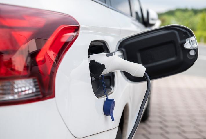 Passgenauer Versicherungsschutz für ein E-Auto