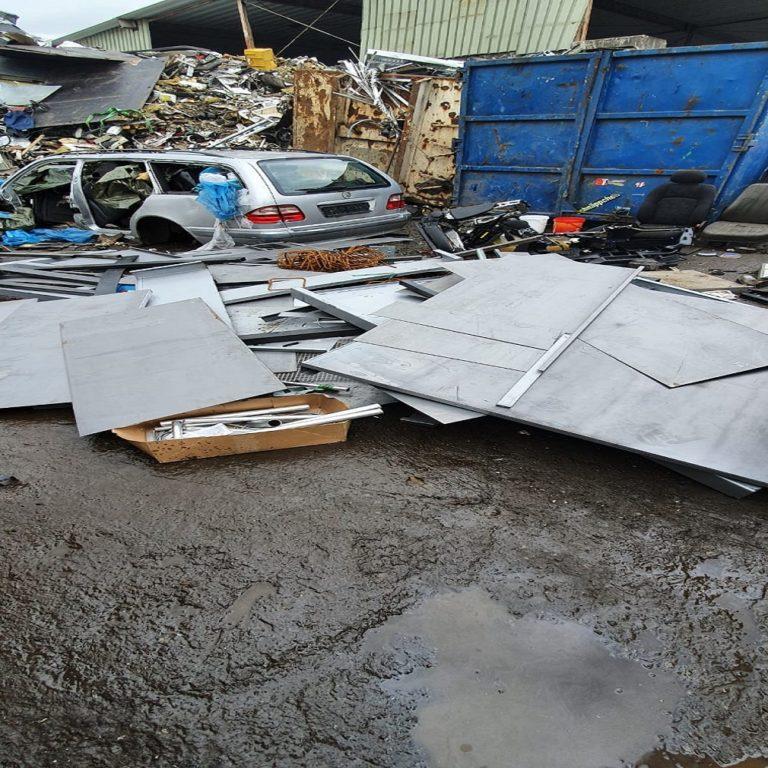 Führen Sie Ihren Metallschrott Dem Schrott-Recycling Zu – Schrottabholung Solingen