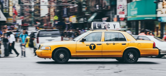 Fahrzeugbeschriftungen: So zeigst Du Präsenz auf den Straßen