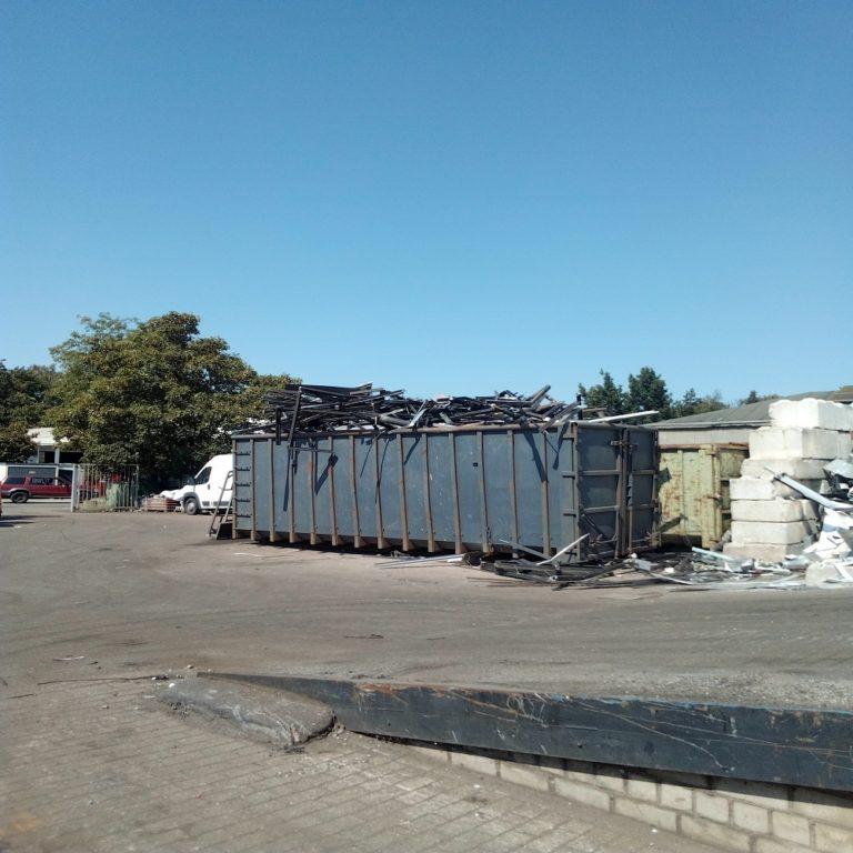 Schrottabholung Dinslaken: Führen Sie Ihren Metallschrott dem Schrott-Recycling zu