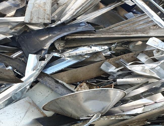 Wir kaufen Altmetalle zum Tageshöchstpreis durch Schrottankauf Moers